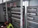 Szafa elektryczna w trakcie budowy magazynu zbożowego